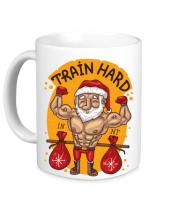 Кружка Train hard